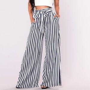 💙 Fashion Nova Brea stripe pants